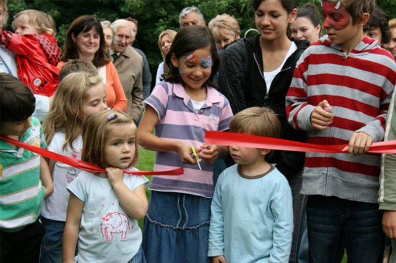Great Bourton Play Area cutting the ribbon